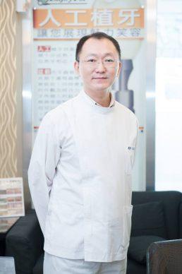 洪朝乾  醫師